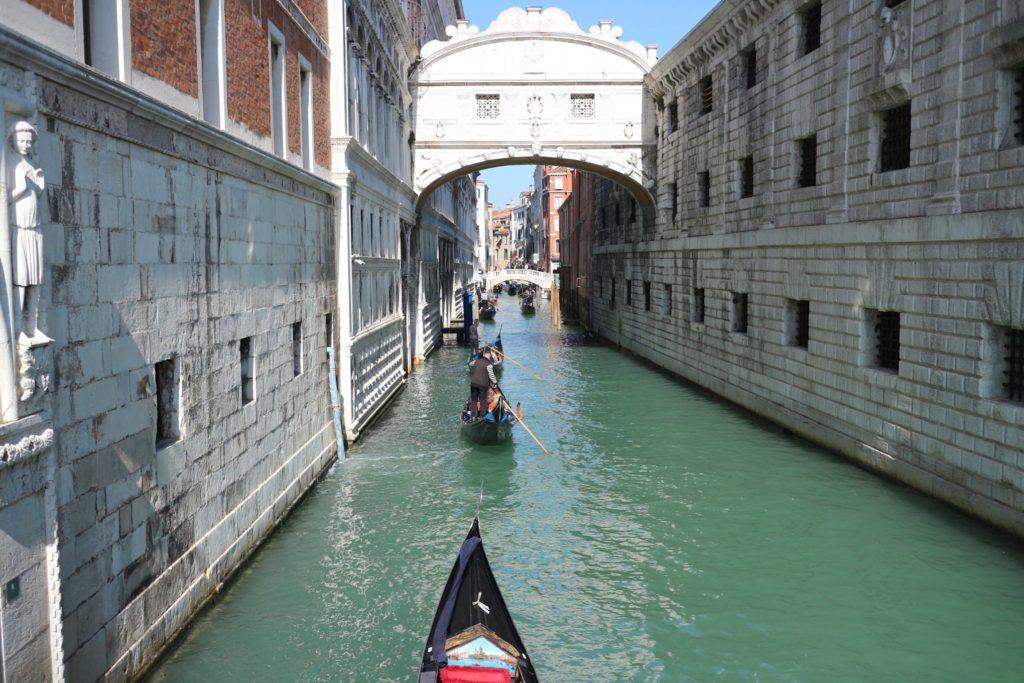 イタリア・ヴェネツィア「ため息橋」