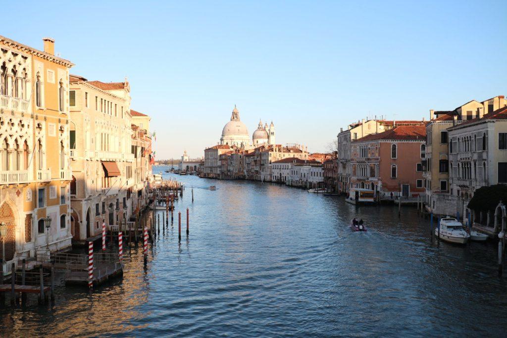 イタリア・ヴェネツィア「アッカデーミア橋」