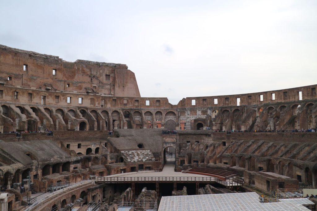 イタリア・ローマ「コロッセオ」